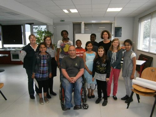 sensibilisation handicap moteur laval, sensibilisation handicap mayenne, parcours en fauteuil roulant laval, parcours en fauteuil roulant mayenne